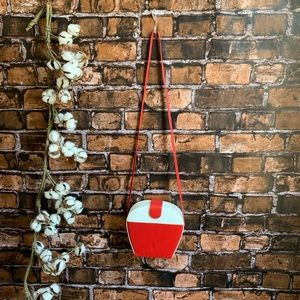 Vintage Mod 1960s Red & White Leather Purse